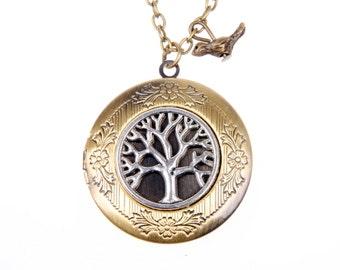 Medallion necklace bears Photo tree and bird