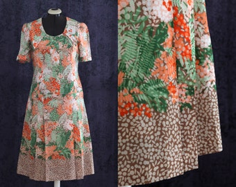 L- French Handsewn Vintage dress, flower print,  60'