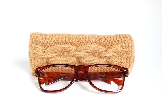 Light Brown Glasses Case. Reading Glasses Case. Eyeglasses or Sunglasses Holder. Knitted Glasses Case.