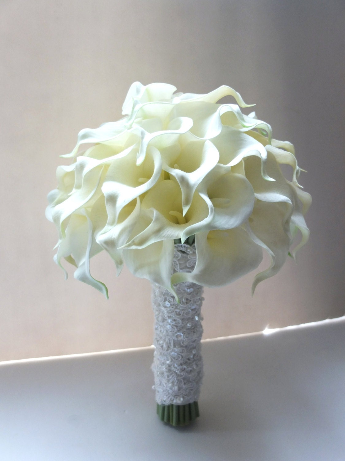Pictures of Calla Lily Bridal Bouquets | LoveToKnow |Lily Bridal Bouquets