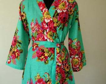 DD2 Bridesmaids robes, floral Bridesmaid robe, bridal party robes, wedding favors for bridesmaids and maid of honor, DD2