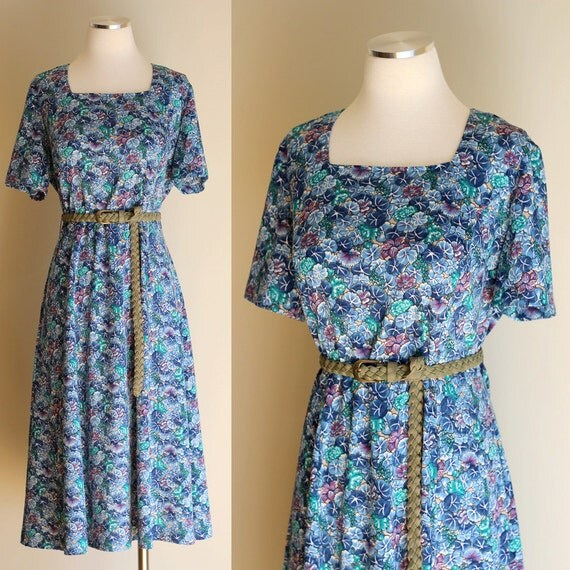 Vintage 60s Blue and Purple Floral Day Dress - Short Sleeve Square Neck Casual Modest Printed Midi Dress - Size Large / Extra Large XL