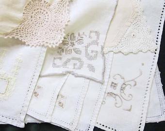 Cloth Napkins, Wedding Napkins, Rustic Wedding, Set of 9 Napkins, WeddingTable Setting, Wedding Napkins, Vintage Napkins, Vintage Linens