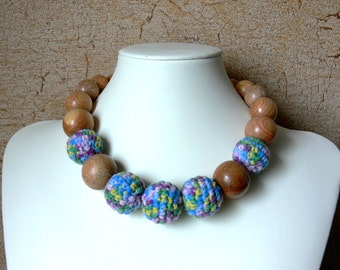 READY TO SHIP Nursing or Teething Necklace / Crochet Necklace / Milk Yarn