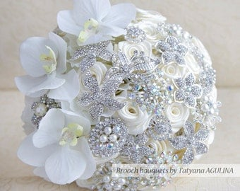 Brooch bouquet. Ivory and silver wedding brooch bouquet, Jeweled Bouquet. Made upon request