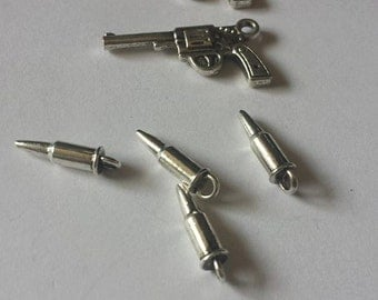 Six Shooter & Bullets Charms