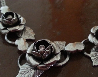 Vintage Silver Rose Necklace