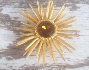 Vintage 60s gold amber starburst brooch