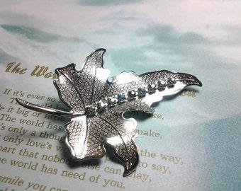 vintage costume jewelry brooch pin rhinestone crystal leaf