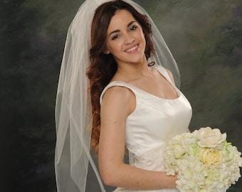One Layer Light Ivory Bridal Veils Plain Cut Edge Single Layer Elbow Length 36 White Wedding Veils 72 Wide Illusion Tulle Head Piece