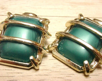 Large Vintage Green Plastic Clip Earrings (retro 60s 70s rectangle modern statement big lines silver gold geometric)