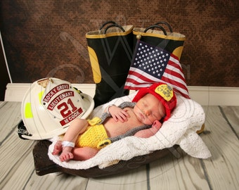 Fireman Style Crochet Hat and Diaper Cover Set with Suspenders. Fire Chief Boy/Girl Crochet Photo Prop. Newborn Pictures. Fire Department.