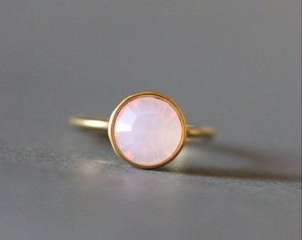 Solitaire Swarovski Crystal Ring 18K Gold plated Ring(Translucent Pink)