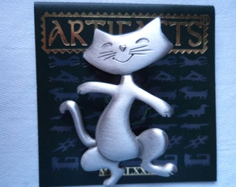 Vintage Signed JJ  Silver pewter Happy Dancing Cat Brooch/Pin