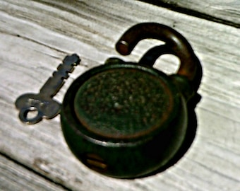 Vintage Yale and Towne Manufacturing Co Cast Steel Iron Lock and Key with Brass Keyhole Insert