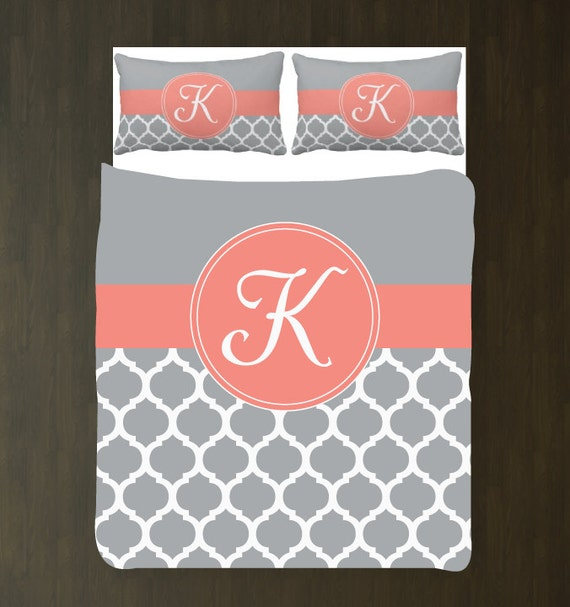 Gray quatrefoil quilt : Yellow grey and white quatrefoil duvet bedding
