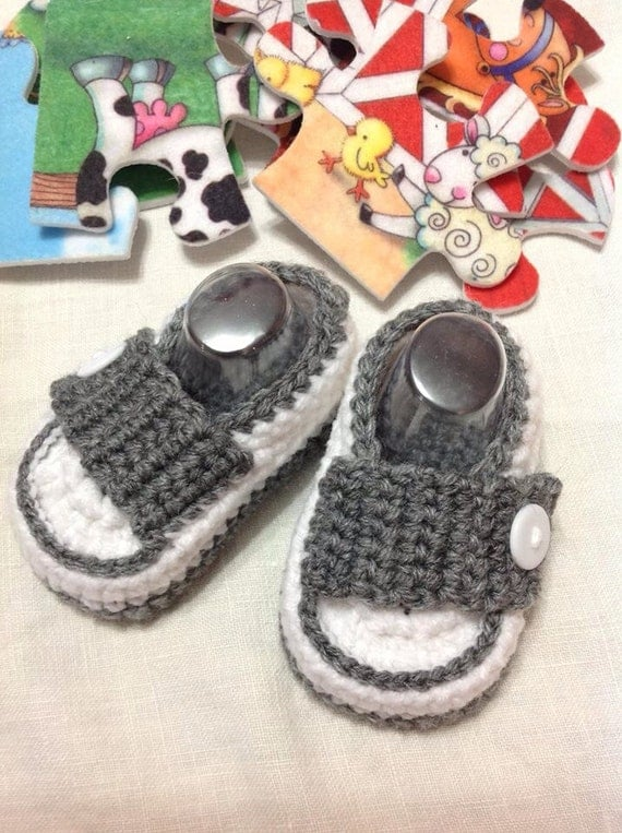 Gray & white shoes booties loafers for baby boy in sizes preemie to 12 months (shoe size 0-5). Great as gifts and photography props too!