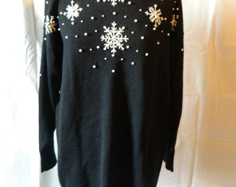 Ugly Christmas sweater Vintage Pearl Snowflake Sweater By Simon Chang Over Sized Size Large