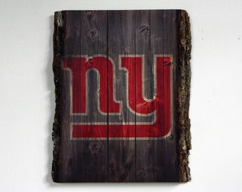 Decorative Wooden Plaque with New York Giants Logo - NFL Team on Wood