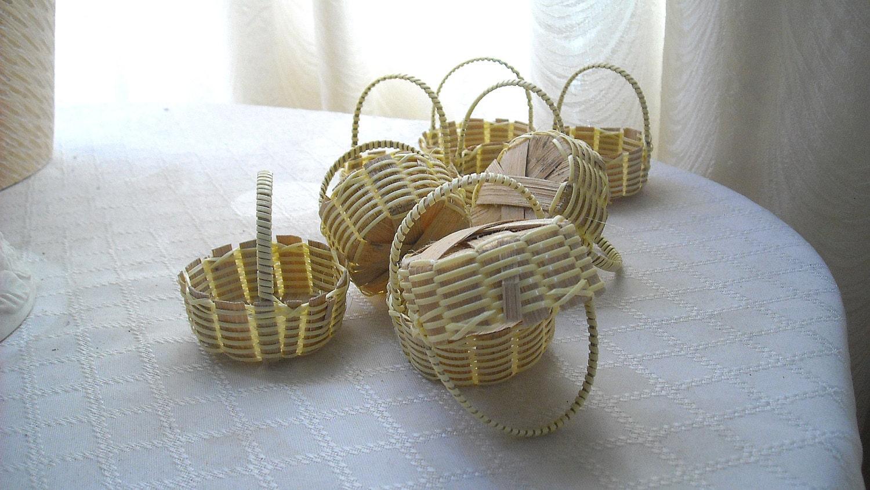 Handmade Small Baskets : Small handmade mini round wooden straw baskets