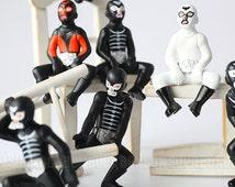 1 pcs / Shocker Combatman / Masked Rider / Figurine / Miniature / 5CM - 7CM / JP471