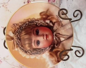 Vintage Collector Doll Plates