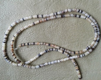 22inch string of Black Lip Sell  2-4mm various sizes  330 beads Ethnic Tribal Native American