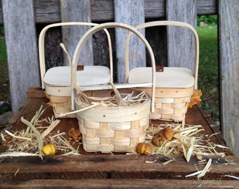 Country party favors Basket mini Picnic Baskets Hay decor table DIY Rustic Fall table setting farm