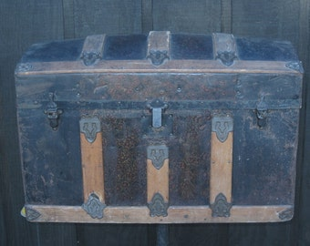 European Antique Child's/Doll Domed Trunk Circa Late 1800's.