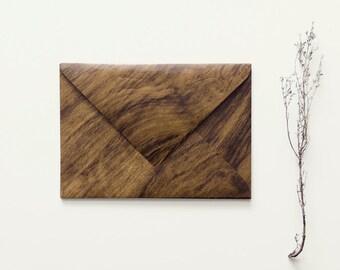 Envelope with wood look (big)