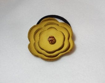 Butter-Yellow Leather Flower Ponytail Holder
