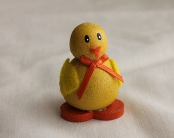 Small Wooden Easter Chick Decoration