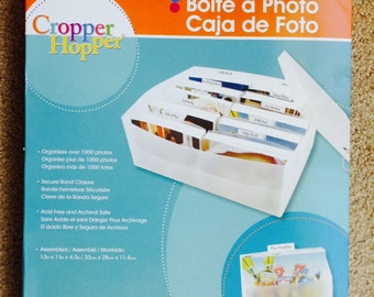 New- Scrapbooking Storage Organizer Photo Box By Cropper Hopper Holds over 1000 Photos