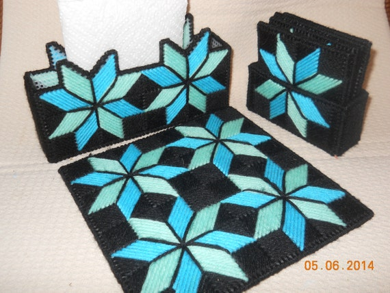 Quilted star pattern kitchen set in plastic canvas 3 piece for Quilted kitchen set