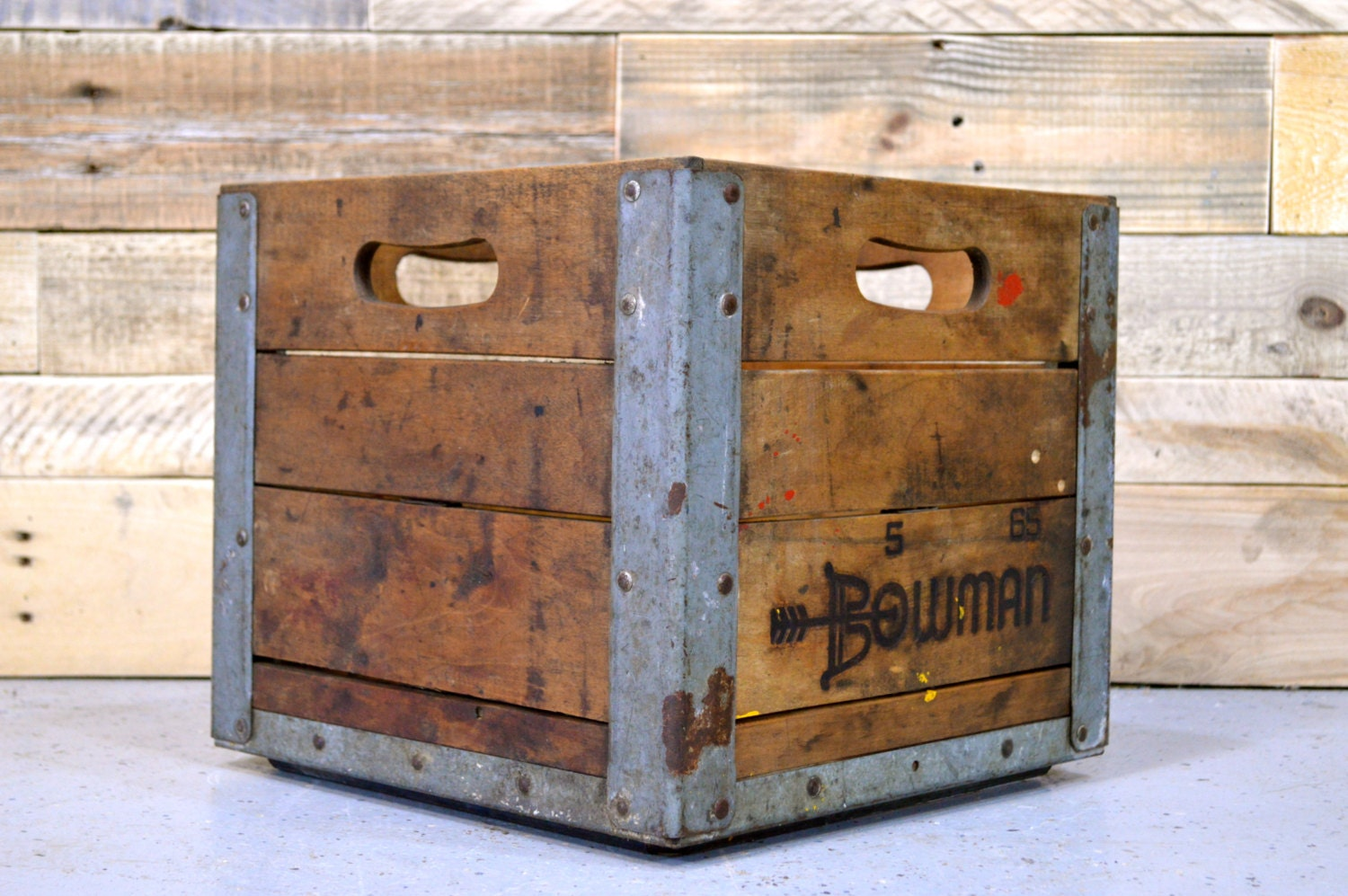 vintage wood crate bowman crate antique milk crate 1960s. Black Bedroom Furniture Sets. Home Design Ideas