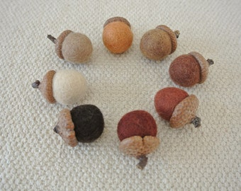Waldorf Inspired 100% Natuaral Wool Felt Woodland Colored Acorn 16 pcs