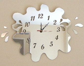 Splashes out of Puddle Clock Mirror with 6 Splashes - 2 Sizes Available