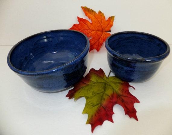 indigo blue ceramic mixing bowl set handmade nesting bowls. Black Bedroom Furniture Sets. Home Design Ideas