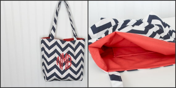 Monogrammed Chevron Tote Bag - Bridesmaid Gift  - Beach Bag - Teachers Gift - Mother's Day Gift - Diaper Bag - Personlized Bag - Gift Bag