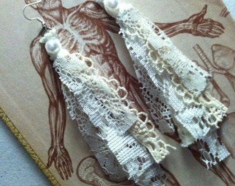 Shabby Elegance~ vintage pearls and lace earrings- creamy lace shabby and tattered lace