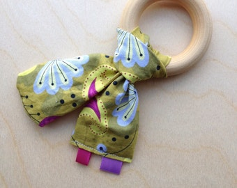 Organic Wooden Ring Teether / Tag Toy / Wood and Fabric Teething Toy