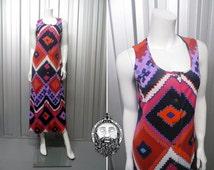 Vintage 70s Aztec Maxi Dress Navajo Print Geometric Tribal Pattern Hippy Boho Chic 1970s Maxi Dress Psychedelic Dress Southwestern Clothing