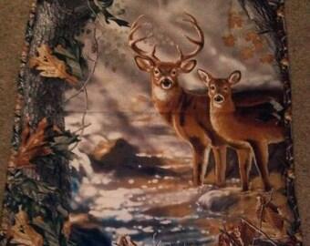 Realtree Deer scene crib sz comforter