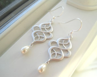 Silver Swirl Earrings - Ivory Bridal Earrings - Pearl Chandelier Earrings - Oriental Earrings - White Swirl Earrings - Pearl Bridal Earrings