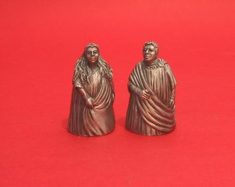 Finger Puppet Thimbles Theseus And Hippolyta from A Midsummer Night's Dream Shakespeare Play Collectible Thimbles