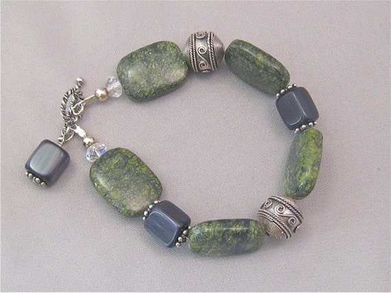 Green Lace Agate and Cat's Eye Sterling Silver Bracelet