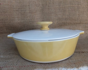 Vintage Yellow Corning Covered Casserole Dish