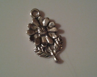 Sterling Silver Daisy / Flower Charm