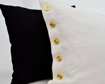 A Pair of Linen Sham with Button,White Linen Sham with Button,Linen Sham,Linen Pillowcase,White Linen Pillowcase,White Linen Pillow Cover