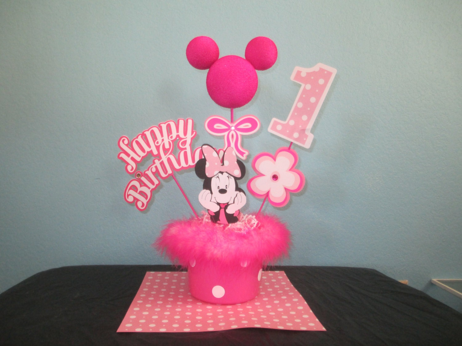 Minnie mouse hot pink centerpiece toppers by behindthetheme